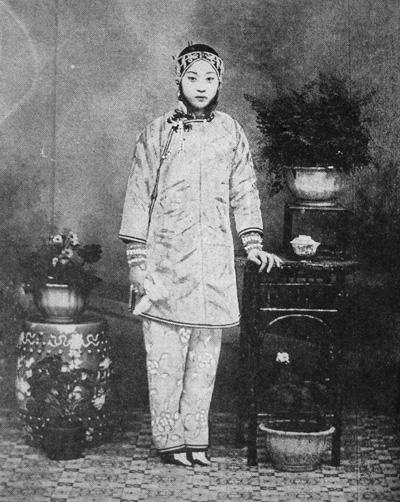 闲话中国古代缠足与宫刑图片